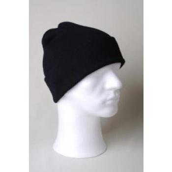 Kootud must müts